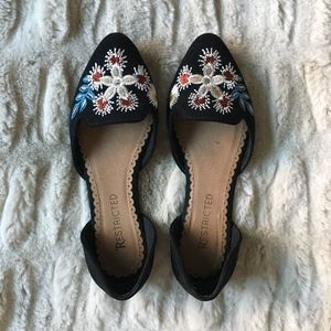 Restricted d'Orsay Embroidered Flower Flats